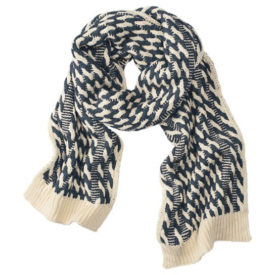 Шарф Cable-Pom Scarf
